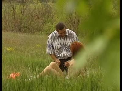 Schwanz blasen und Wilder fick im Wald